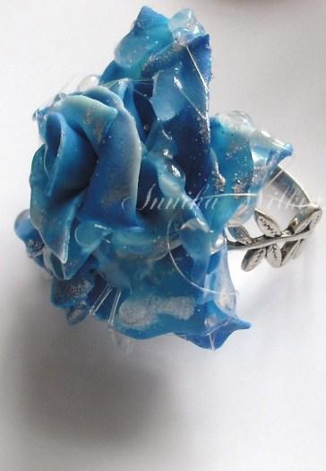 Rain Droplet Rose Ring